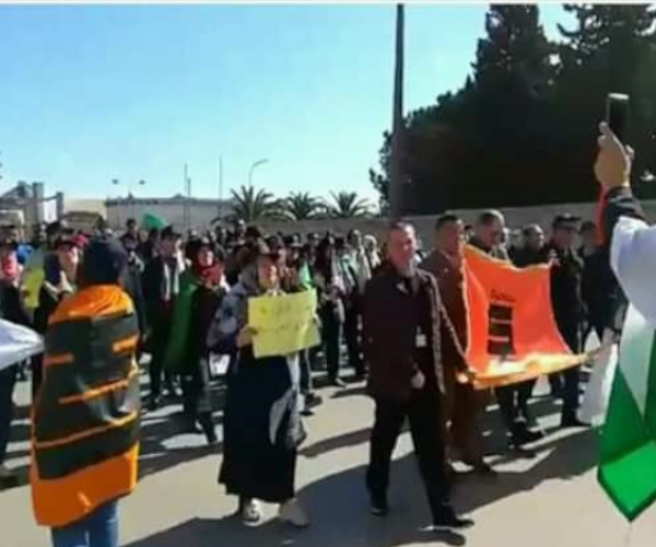 Employees of state-owned oil firm Sonatrach protesting peacefully